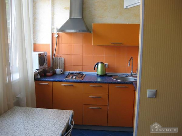 Apartment with a modern renovation, Studio (56359), 002