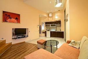 Двокімнатна квартира на Михайлівському (116), 2-кімнатна, 003