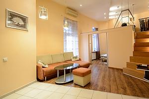 Двокімнатна квартира на Михайлівському (116), 2-кімнатна, 004