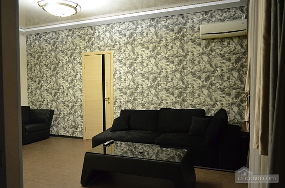 Квартира з джакузі, 2-кімнатна (27367), 001