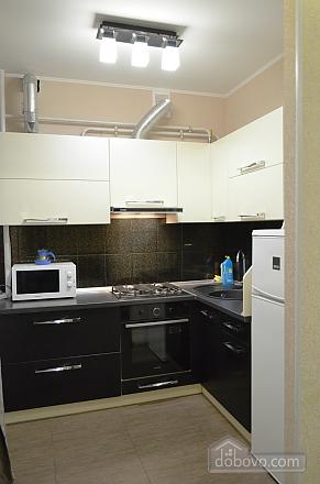 Квартира з джакузі, 2-кімнатна (27367), 002