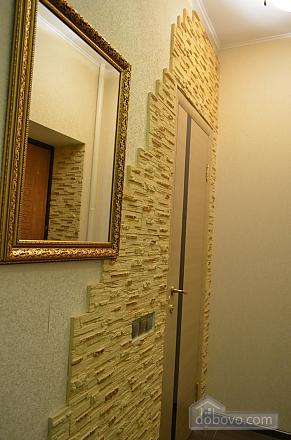 Квартира з джакузі, 2-кімнатна (27367), 003
