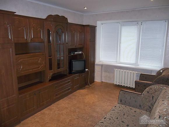 Квартира в районе рынка Седова, 1-комнатная (85576), 002