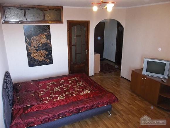 Apartment next to square, Studio (96129), 001