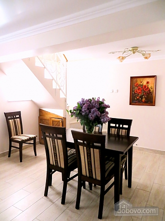 Apartment in the city center, Three Bedroom (36193), 002
