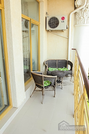 Cozy studio apartment with spectacular view of Black sea, Studio (83507), 004