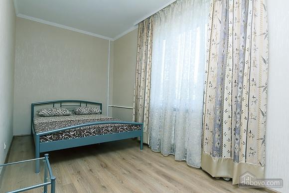 Квартира на Ленінградській площі, 2-кімнатна (16427), 001