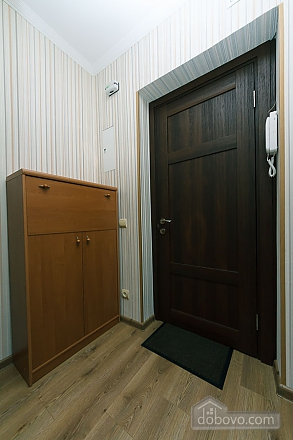 Квартира на Ленінградській площі, 2-кімнатна (16427), 011