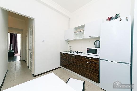 Квартира з великим плазмени телевізором, 3-кімнатна (49118), 009