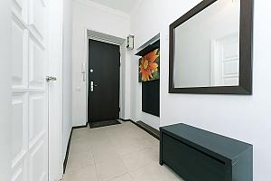 Квартира з великим плазмени телевізором, 3-кімнатна, 014