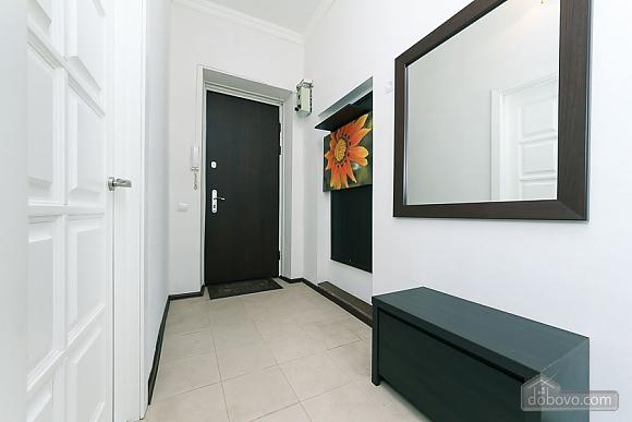 Квартира з великим плазмени телевізором, 3-кімнатна (49118), 014