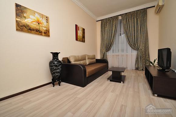 Просторная квартира на Крещатике, 4х-комнатная (24572), 002