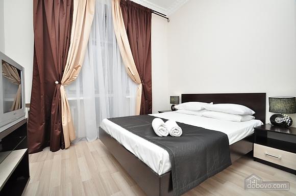 Просторная квартира на Крещатике, 4х-комнатная (24572), 007