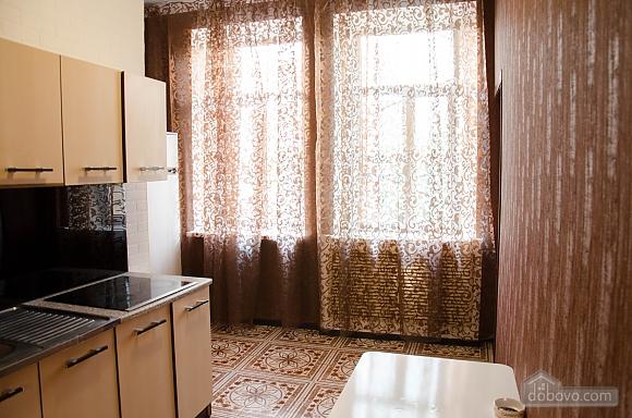 Квартира в самом центре, 2х-комнатная (74448), 007