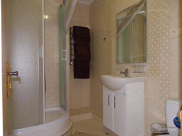 Затишна квартира з сучасним ремонтом, 2-кімнатна (39349), 004
