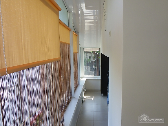 Затишна квартира з сучасним ремонтом, 2-кімнатна (39349), 011