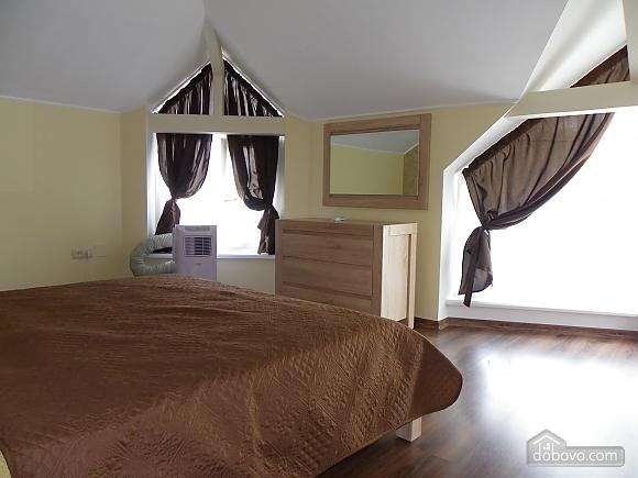Затишна квартира з сучасним ремонтом, 2-кімнатна (39349), 012