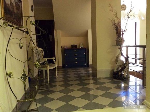 Квартира біля Оперного театру, 2-кімнатна (83464), 011