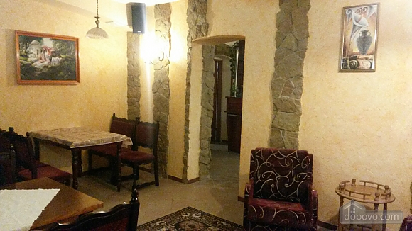 Suite in mini-hotel in the center of the city, Monolocale (12124), 006
