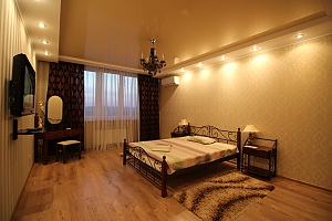 Стильная VIP квартира возле метро Осокорки, 1-комнатная, 001