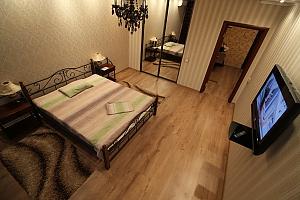 Стильная VIP квартира возле метро Осокорки, 1-комнатная, 002