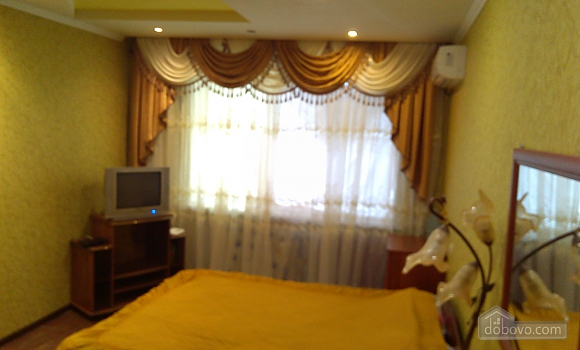 Spacious apartment with big bed, Monolocale (16108), 004