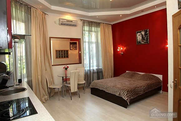 Квартира на красной линии, 1-комнатная (93638), 001
