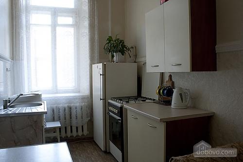 36 Богдана Хмельницкого, 1-комнатная (28018), 002