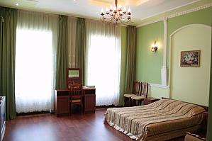Квартира в центрі біля цирку, 1-кімнатна, 001