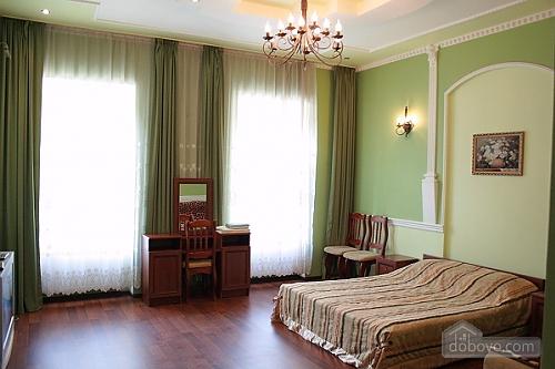 79 Gorodotskaya, Studio (95765), 001