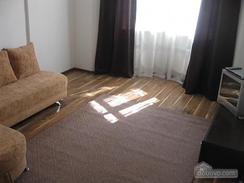 12a Voskresenskaya, Zweizimmerwohnung (96753), 001
