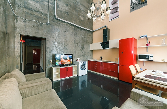 Penthouse in loft style, Tre Camere (32166), 002