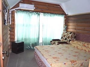 Wooden cottage with cozy suite, Studio, 003