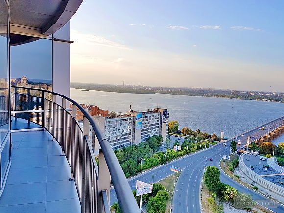 Luxury apartment in Most City with balcony and view on Dniepr river, Studio (40723), 017