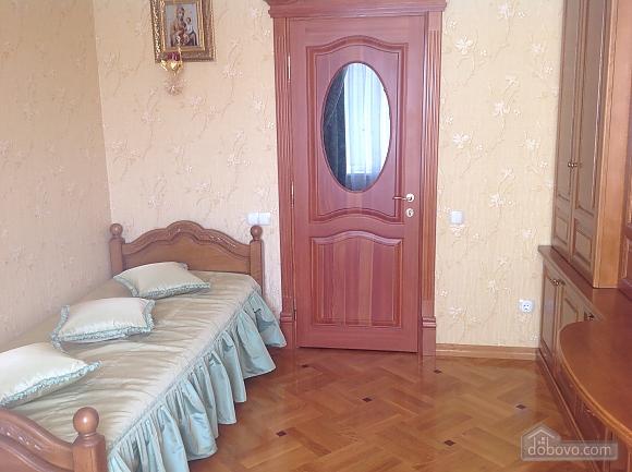 Mordern apartment, One Bedroom (10901), 003