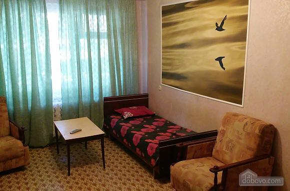 Компактна і практична квартира, 2-кімнатна (92752), 002