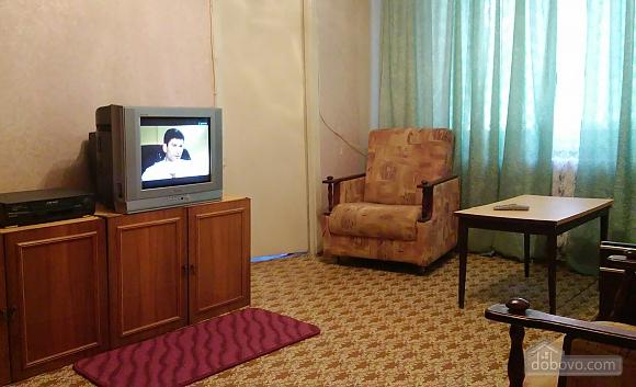 Компактна і практична квартира, 2-кімнатна (92752), 003