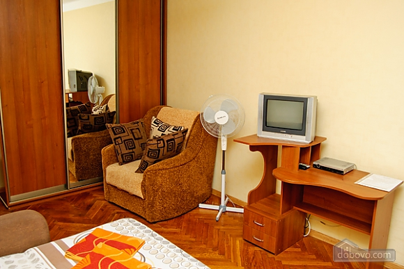 Квартира біля Інститута Серця, 1-кімнатна (27672), 003