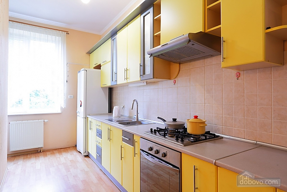 Apartment with separate rooms, Zweizimmerwohnung (39380), 003