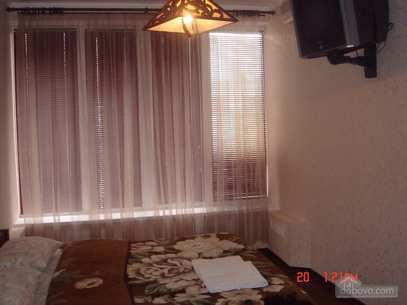 Excellent apartment with jacuzzi in the center of Kiev, One Bedroom (69117), 007