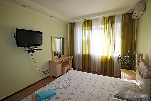 Apartment near to Olimpyiskyi stadium, Due Camere (59692), 009