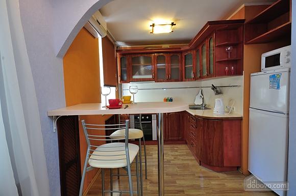 Апартаменты Амадеус, 2х-комнатная (44596), 003