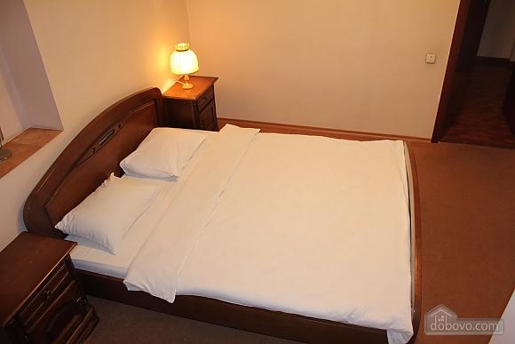 One bedroom apartment on Shevchenka (644), One Bedroom (55510), 011