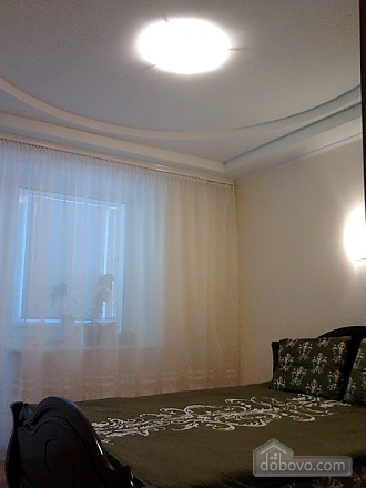 Apartment with two rooms at Lva Tolstoho metro station, One Bedroom (71537), 002
