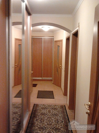 Apartment with two rooms at Lva Tolstoho metro station, One Bedroom (71537), 003
