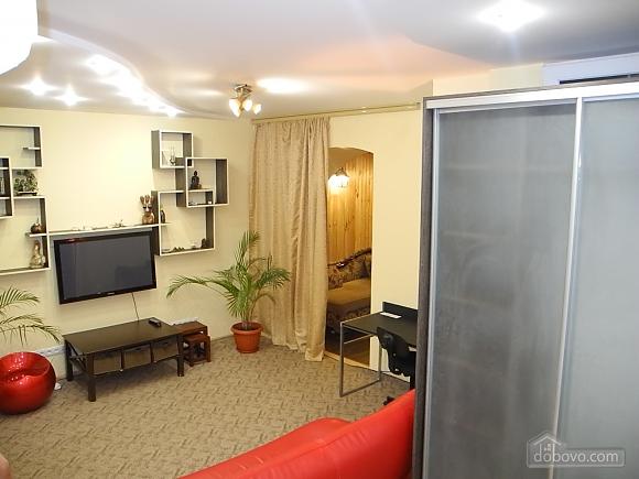 Квартира возле Гранд Плаза, 2х-комнатная (89247), 007