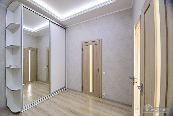 VIP квартира, 2х-комнатная (79335), 003