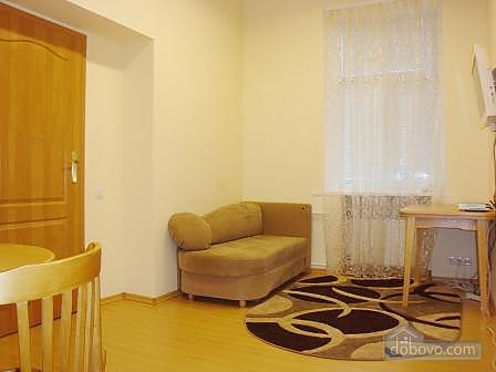 Квартира недалеко от Крещатика, 2х-комнатная (20376), 006
