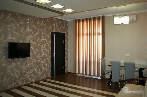 Квартира класса люкс в центре, 3х-комнатная (73747), 005