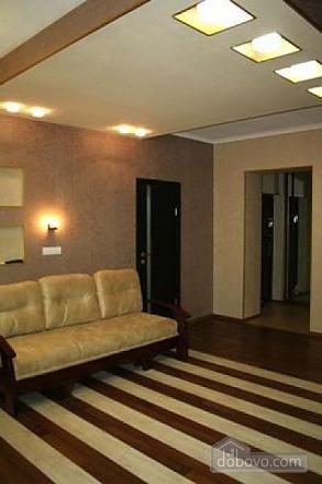 Квартира класса люкс в центре, 3х-комнатная (73747), 007